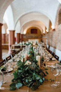 Auf dem Hofgut Habitzheim im hessischen Otzberg lässt sich die Hochzeit in urigstilvollem Ambiente feier.