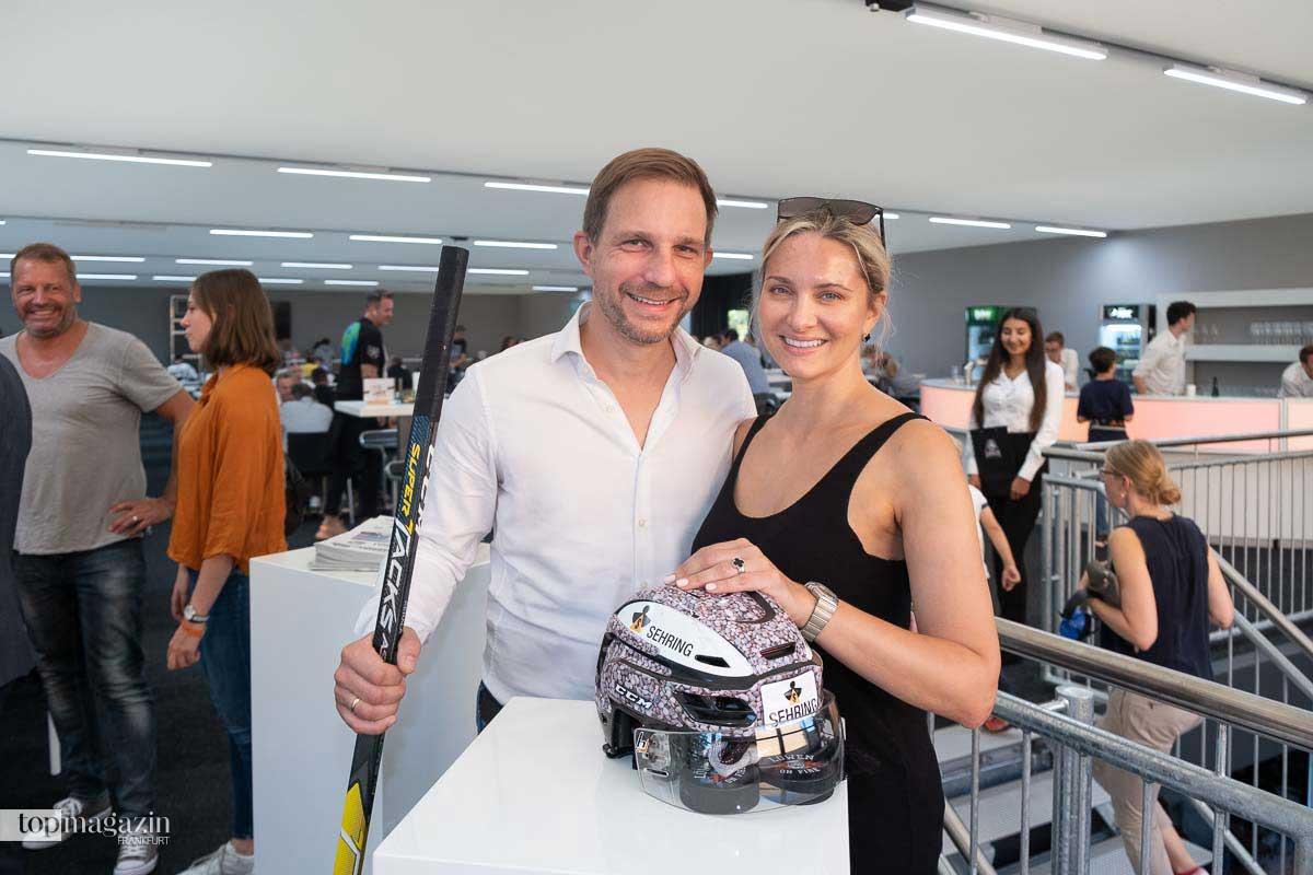 Zahnarzt Dr. Arne Rostock mit Frau Maria