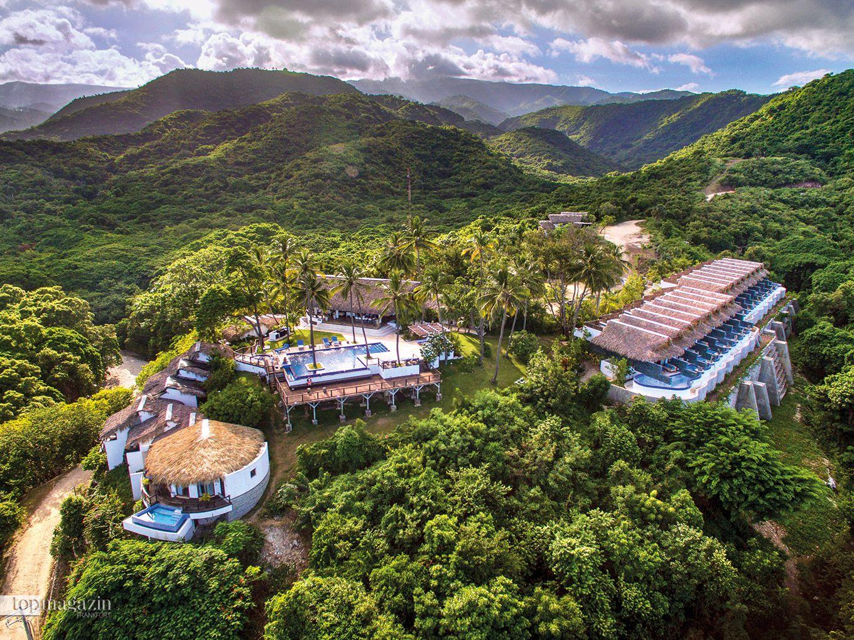 Die Casa Bonita Tropical Lodge liegt eingebettet zwischen grünen Berghängen und lebhaften Flüssen mit grandiosem Blick auf das Karibische Meer