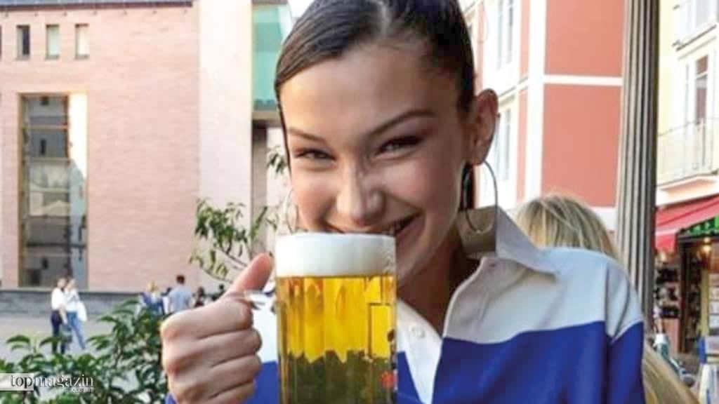 Beim Besuch in Frankfurt heißt es für Bella Hadid Henninger-Pils statt Smoothie