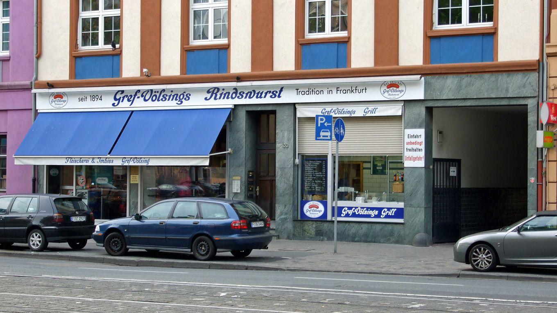 Die Metzgerei Gref-Völsing ist bekannter Frankfurter Treffpunkt für Leute, die Wurst lieben