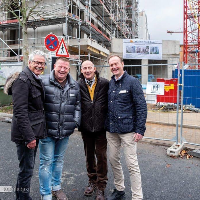 Projektleiter Hans-Peter Schuhmacher (Amadeus Group), Amadeus Geschäftsführer Dirg Parhofer, Architekt Heinrich-Peter Schmitz und Carsten Lau (Amadeus Group)