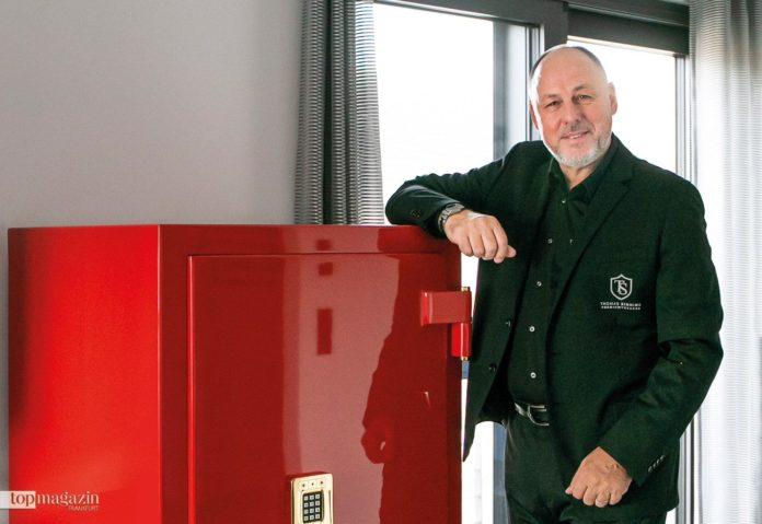 Thomas Sinning von TS Direkt Premium Tresore