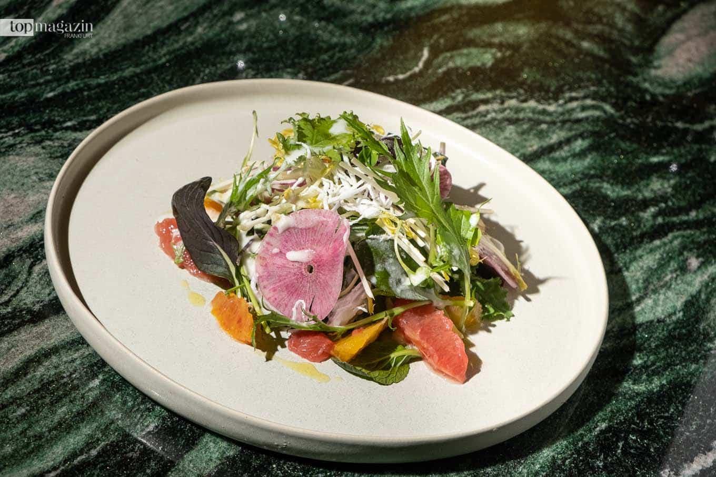 Der Coco Love Salat - im neuen Roomers Restaurant Burbank