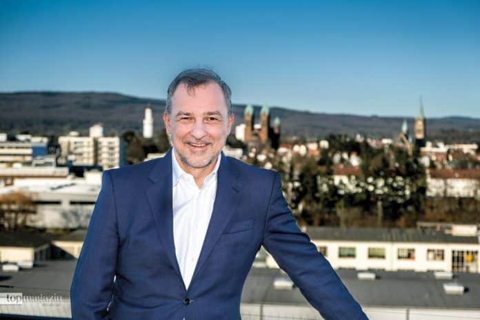 """Achim Brunner, Vorstandsvorsitzender der Raiffeisenbank im Hochtaunus, die als """"Meine Bank"""" firmiert"""