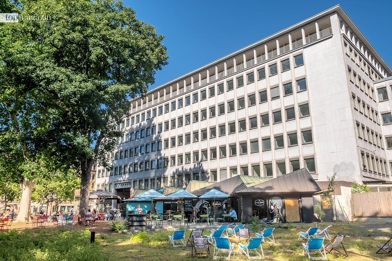 Im Erdgeschoss des ehemaligen Mövenpick-Gebäudes werden in den nächsten sechs Monaten sechs verschiedene Restaurants ihre Speisen und Getränke to go anbieten.