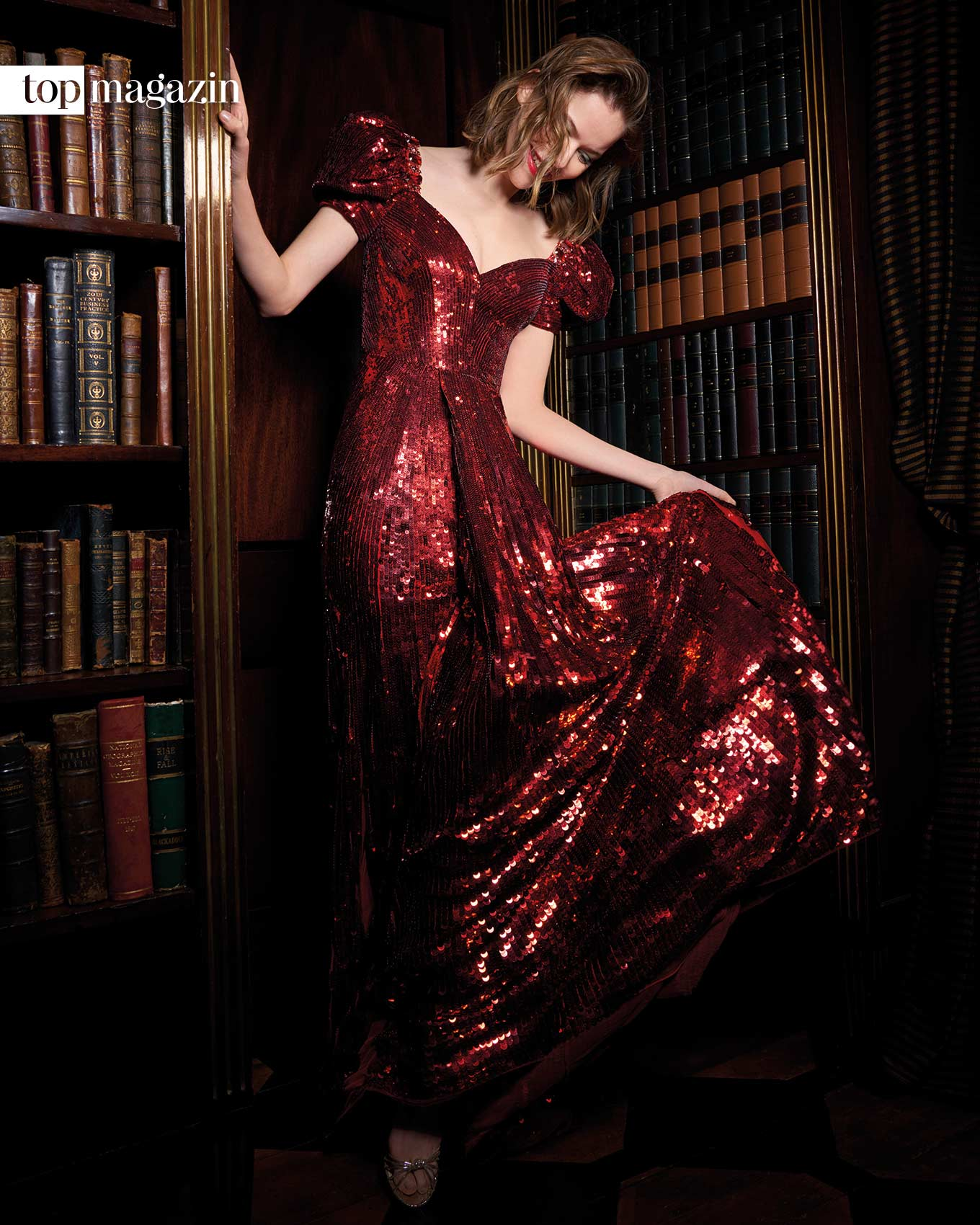 """Dank Jenny Packham fühlt man sich wie ein Star - Das rubinrote Paillettenkleid """"Natassia"""""""