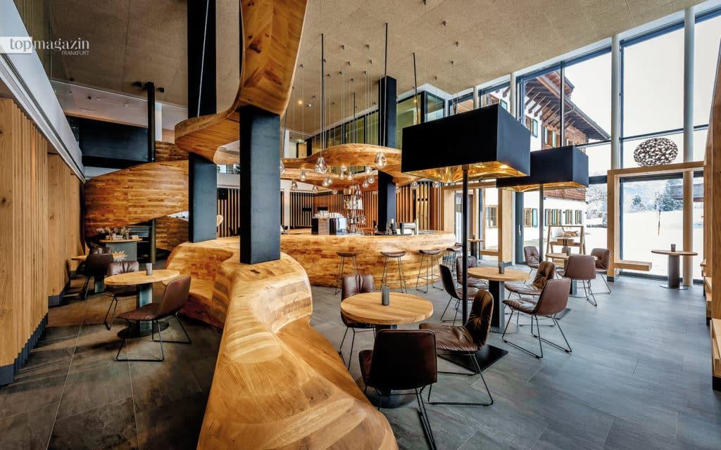 """Design-Highlight - Die """"FREIRAUM""""-Bar im Puradies sorgt mit Stil für Wow-Momente"""