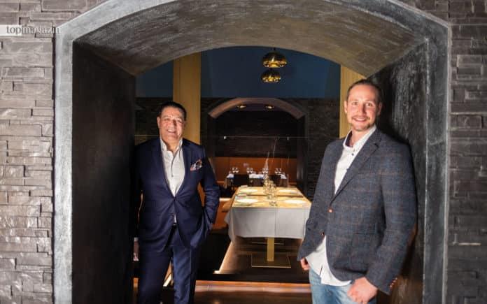 """General Manager Spiridon Sarantopoulos mit dem Chef der Produktionsfirma """"2 Spicy"""" Dr. Fabian Schmitz"""