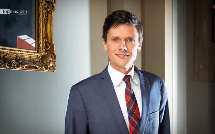 Dr. Alexander Bräunig, Rechtsanwalt und Notar bei Scheiber und Partner in der Kennedyallee