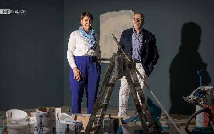 Die Macher hinter den Kulissen- Katja Hilbig und Prof. Dr. Jochen Sander. Beide wurden fotografiert, als die Rembrandt-Schau noch eine Baustelle war (Foto Helmut Fricke)